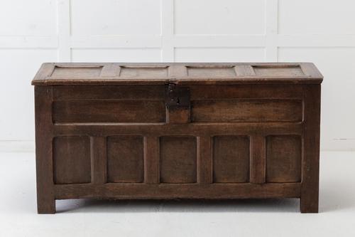 17th Century Unusual Oak Coffer (1 of 8)