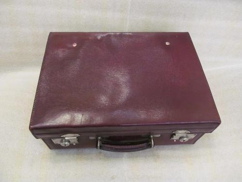 Burgundy Leather Dressing Case (1 of 8)