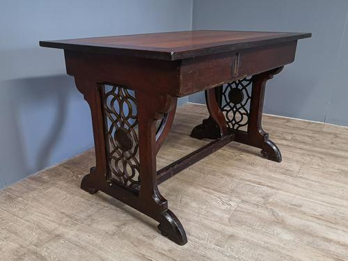 Gothic Side Table (1 of 7)