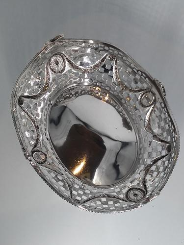 Edwardian Solid Silver Basket, London 1893 (1 of 6)