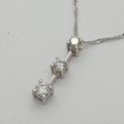 Diamond Trilogy Pendant (1 of 5)