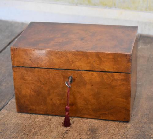Fine London Made Burr Walnut Tea Caddy (1 of 6)
