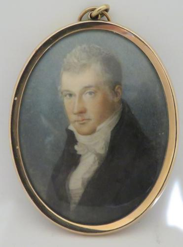 Miniature Portrait Georgian Gentleman Gold Frame Hair Back 1790/1800 (1 of 3)