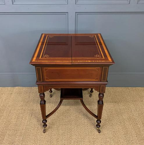 """Inlaid Mahogany """"Surprise"""" Drinks Table (1 of 15)"""