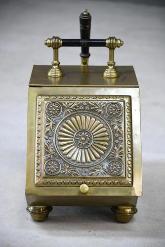Henry Loveridge Arts & Crafts Brass Coal Scuttle (1 of 15)