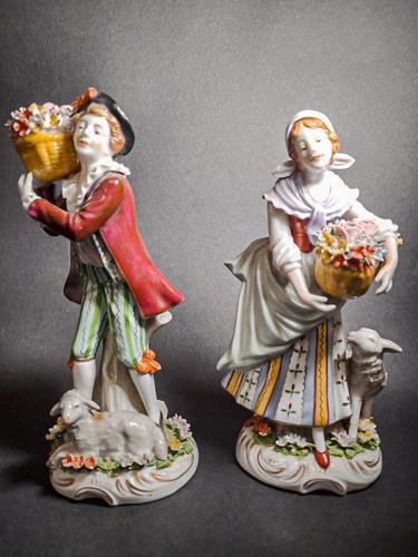 Pair of 19th Century Sitzendorf Figures (1 of 6)