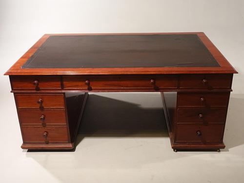 Very Good Late Regency Mahogany Partners Desk (1 of 4)