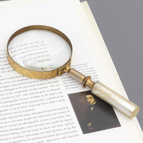 Late Victorian Gilt Brass & Mother of Pearl Magnifying Glass c.1890 (1 of 6)