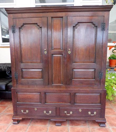 Country Oak Press Cupboard 1730 (1 of 10)