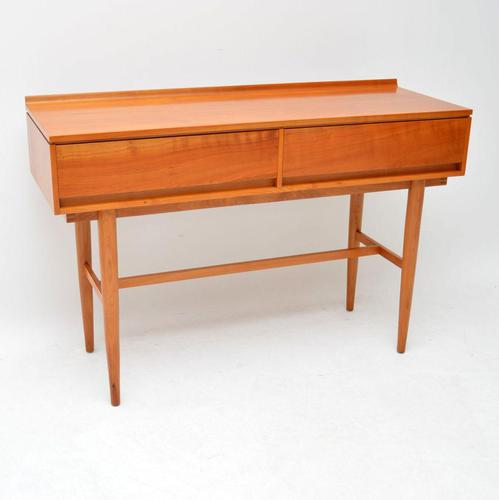 1960's Vintage Satin Wood Side Table by Beresford & Hicks (1 of 10)