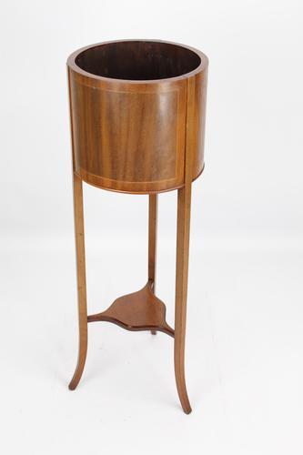 An Edwardian Mahogany & Inlaid Jardinière / Plant Stand (1 of 13)