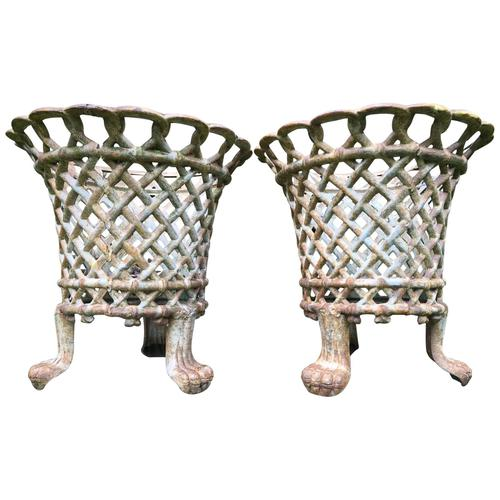 Pair of Coalbrookdale Style Antique Garden Cast Iron Lattice Urn Planters Claw Feet (1 of 12)