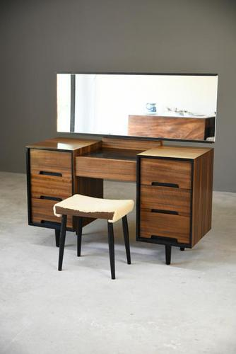 Stag C Range Dressing Table (1 of 9)