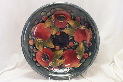 Moorcroft Pomegranate Design Bowl (1 of 2)