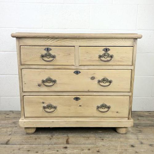 Small Antique Pine Chest of Drawers (1 of 9)