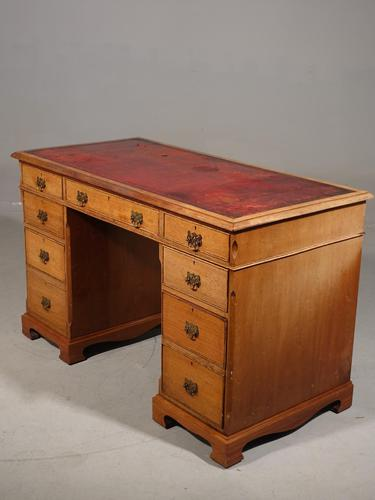 Late Victorian Oak Kneehole Desk (1 of 6)