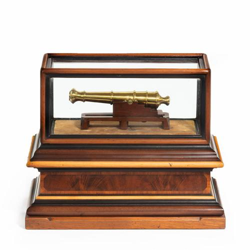 Miniature Brass Cannon in a presentation case (1 of 10)