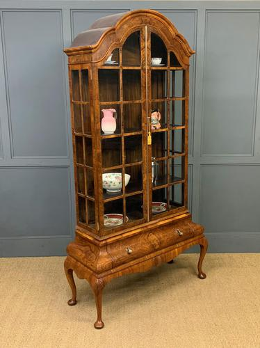 Burr Walnut Dome Topped Display Cabinet (1 of 21)