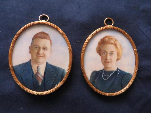 Miniature Portrait Husband & Wife 1930's Gilt Frame (1 of 4)