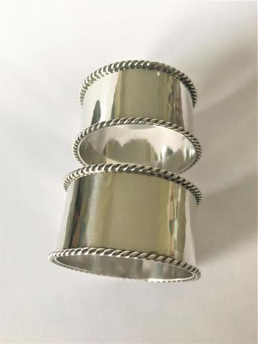 Pair of Arts & Crafts Silver Plated Napkin Rings (1 of 3)