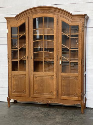 French 3 Door Oak Bookcase or Cabinet (1 of 15)