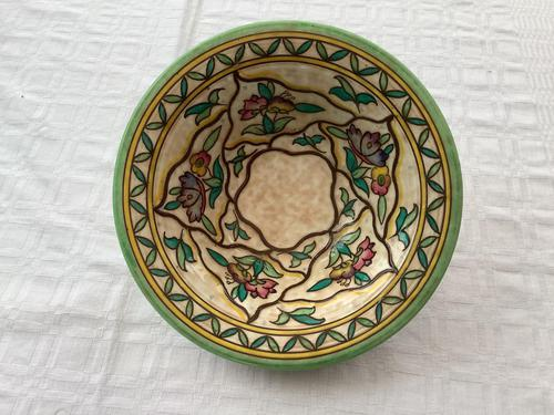 Crown Ducal Charlotte Rhead Bowl (1 of 3)