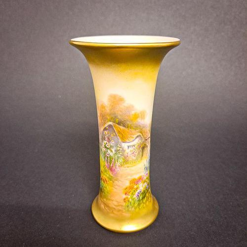Royal Worcester Cottage Vase (1 of 6)