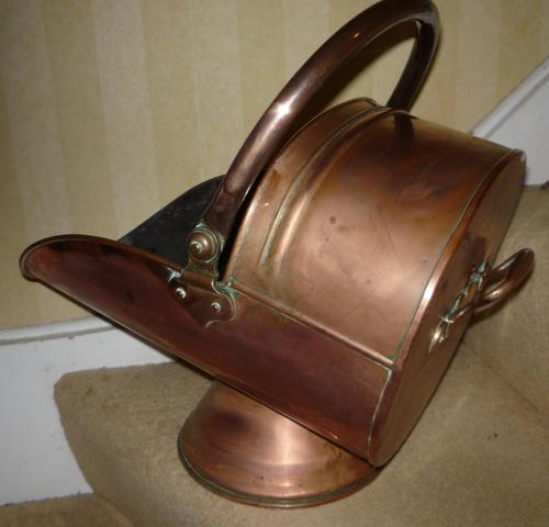 Victorian Helmet Shaped Copper Coal Scuttle c.1890 (1 of 1)