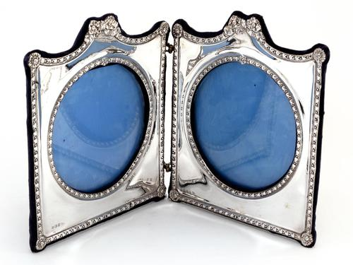Decorative Edwardian Silver Double Folding Frame with a Floral and Bow Border (1 of 7)