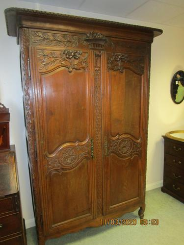 French 19th Century Oak Armoire (1 of 8)