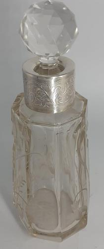 Silver Collared Scent Bottle (1 of 7)