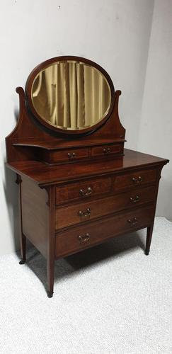 Very Pretty Mahogany Dressing Table (1 of 9)