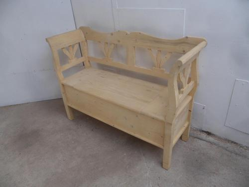 Pine 1-2 Seater Kitchen / Hall Box Settle / Bench to Wax or Paint (1 of 9)