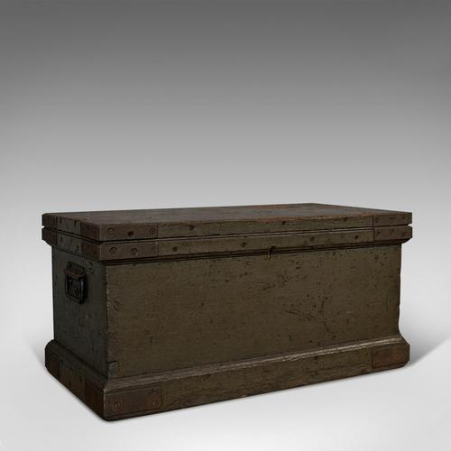 Antique Workman's Trunk, English, Pine, Carriage Chest, Victorian c.1880 (1 of 11)