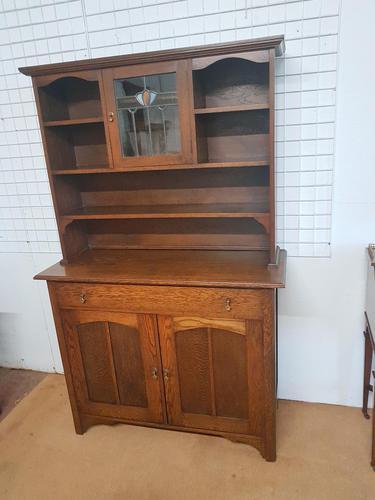 Arts & Crafts Dresser (1 of 6)