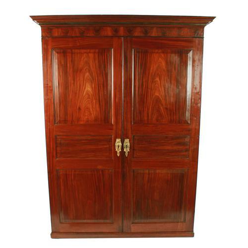 Georgian Two Door Wardrobe (1 of 8)