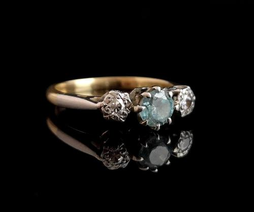 Vintage Art Deco Zircon and diamond ring, 18ct gold and platinum (1 of 12)