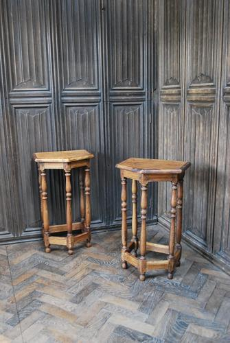 Pair of Turned Oak Bedside Tables (1 of 5)