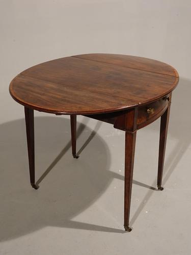A Good Late 18th Century Pembroke Table (1 of 5)