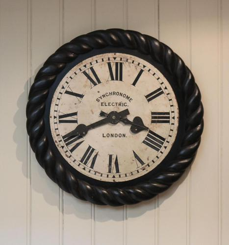 Large Electric Dial Wall Clock (1 of 6)