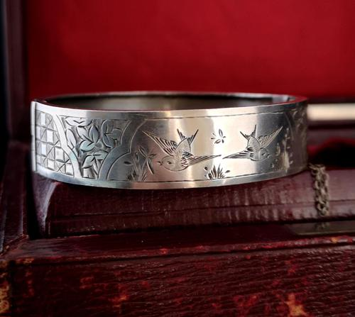 Victorian Silver Bangle, Swallows, Aesthetic era (1 of 12)