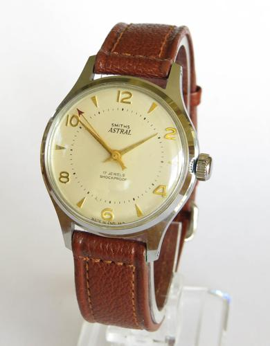 Gents Smiths Astral Wristwatch, 1960s (1 of 5)