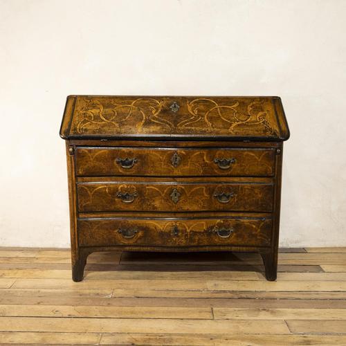 18th Century Italian Piemonte Walnut Serpentine Bureau (1 of 14)
