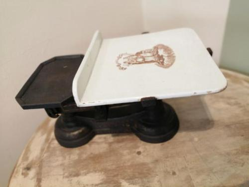 An interesting set of Fairburn Bros dairy scales (1 of 8)