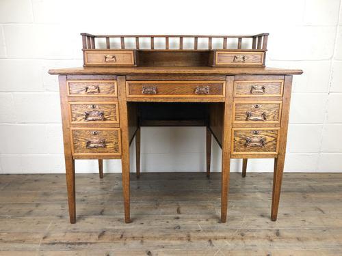 Edwardian Antique Oak Kneehole Desk (1 of 13)