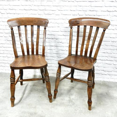 Fine Pair of Windsor Lathback Side Chairs (1 of 5)