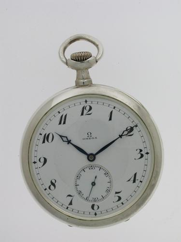 Silver 0.900 Omega Open Face Pocket Watch Swiss 1916 (1 of 7)