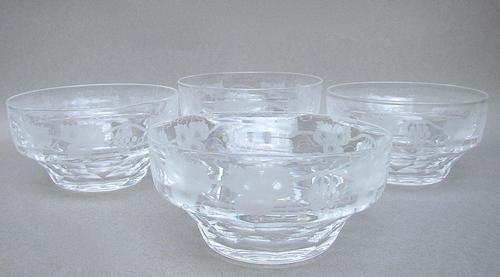 Set of 4 Edwardian Etched Glass Bowls c.1910 (1 of 4)