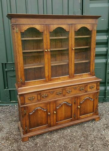 Superb Quality Solid Handmade English Oak Bookcase (1 of 8)