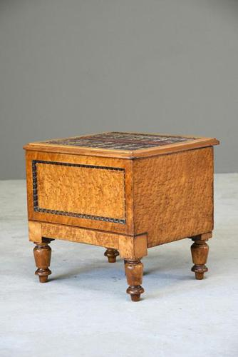 Victorian Birds Eye Maple Step Commode (1 of 14)